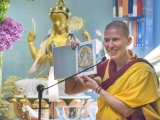 At Kadampa Mexico, students receive teachings on the practice of Green Tara