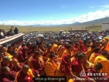Hundreds of monks and laypeople gather to receive teachings and blessings from H.E. Denma Gonsa Rinpoche, a devoted Dorje Shugden practitioner