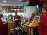 On behalf of everyone at the Taipei Tsongkhapa Centre, Ven. Panglung Kuten makes body, speech and mind offerings to Kyabje Yongyal Rinpoche