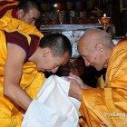 Kalachakra by Panchen Lama's guru, a direct counter to Dalai Lama?