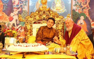 Trijang Rinpoche confers oral transmission of DORJE SHUGDEN