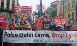 As Buddhists worldwide become aware of the Shugden Ban, more and more protests are staged in US and Europe calling for the Dalai Lama to cease the religious persecution and stop lying about his reasons for the ban