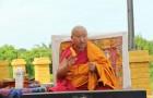 H.E. Daknak Rinpoche