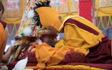 'Democratic' Tibetan leaders want to downplay consulting dangerous spirit Nechung for everything