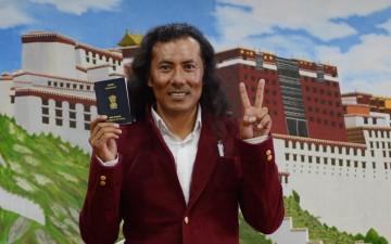 Tibetans taking Indian citizenship worries Tibetan leadership