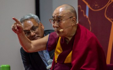 Dalai Lama blames Nehru for India-Pakistan Partition