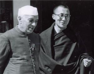 dalai lama et nehru  mussoorie 24 av