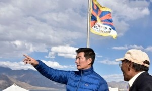 The CTA's Sikyong Lobsang Sangay seeks every opportunity to stoke aggression between India and her mighty neighbor. Here Sangay is seen hoisting the Tibetan flag at the Sino-Indian border which angered China.