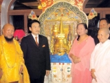 Gangchen Rinpoche with the President of Mongolia