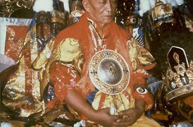 Choyang Kuten oracle who takes trance of Dorje Shugden from Gaden monastery