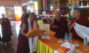 Shar Gaden Umze receiving his certificate