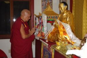 Lama Yeshe (1)